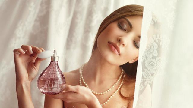 Ternyata Semprot Parfum Berlebihan Berbahaya bagi Kesehatan